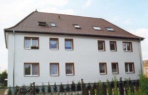 Mehrfamilienhaus nach der Sanierung